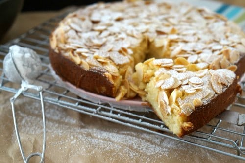 Almond Butter Cake With Crunchy Almond Topping