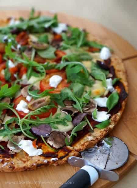 Rocket, Mozzarella and Goats Cheese Gluten Free Pizza Base Recipe!