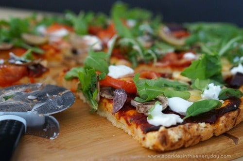 Rocket, Mozzarella and Goats Cheese Gluten Free Pizza