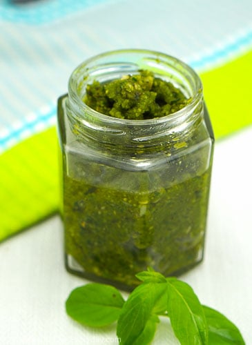 Basil and Cashew Pesto 2