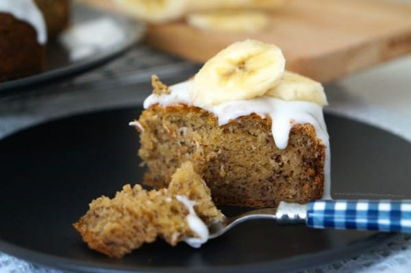 Delicious and Easy The Best Gluten Free Banana Cake Recipe!