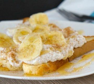 Healthy Breakfast Ricotta, Honey and Banana on Toast